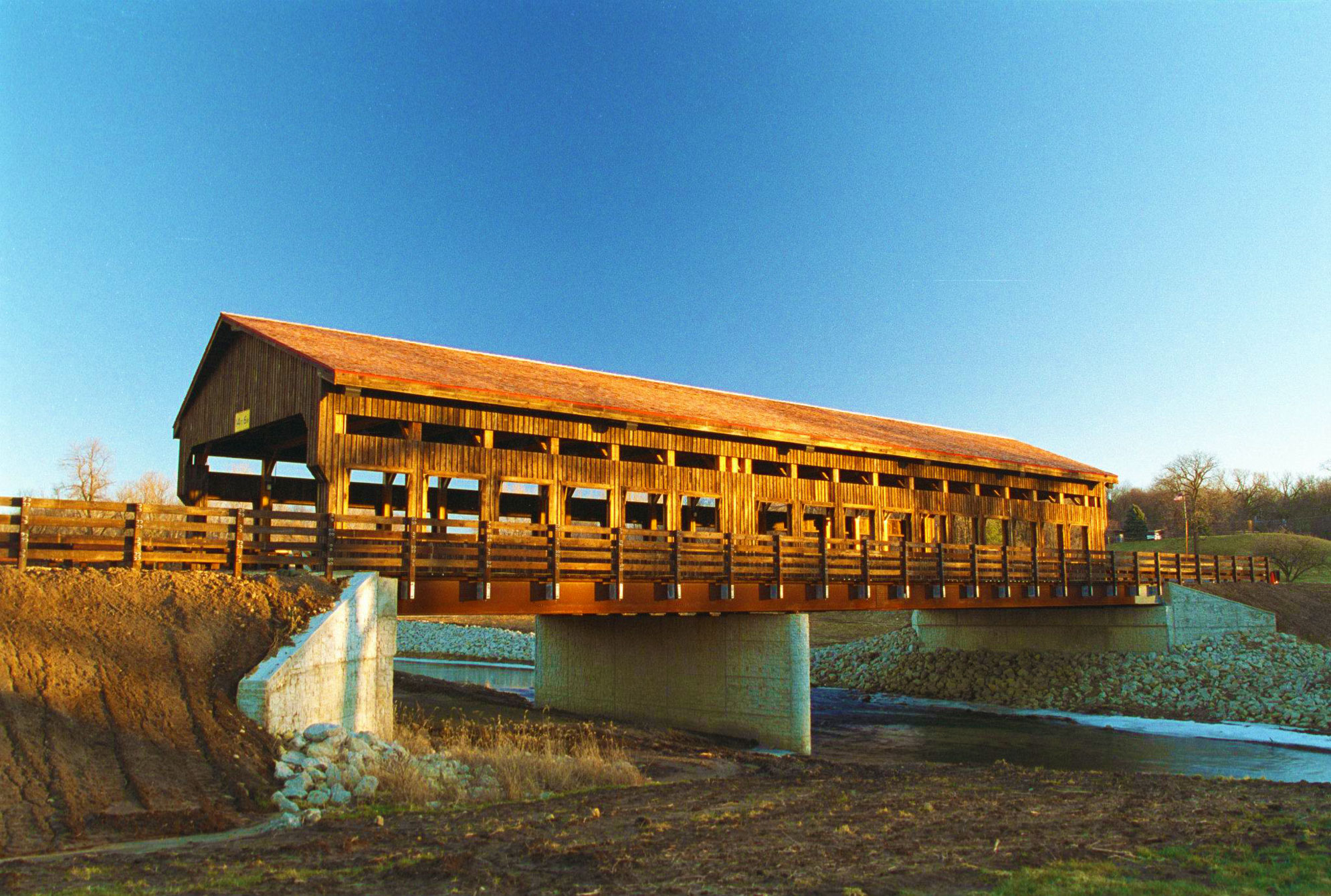 <h1>The Covered Bridge of Whiteside County</h1>