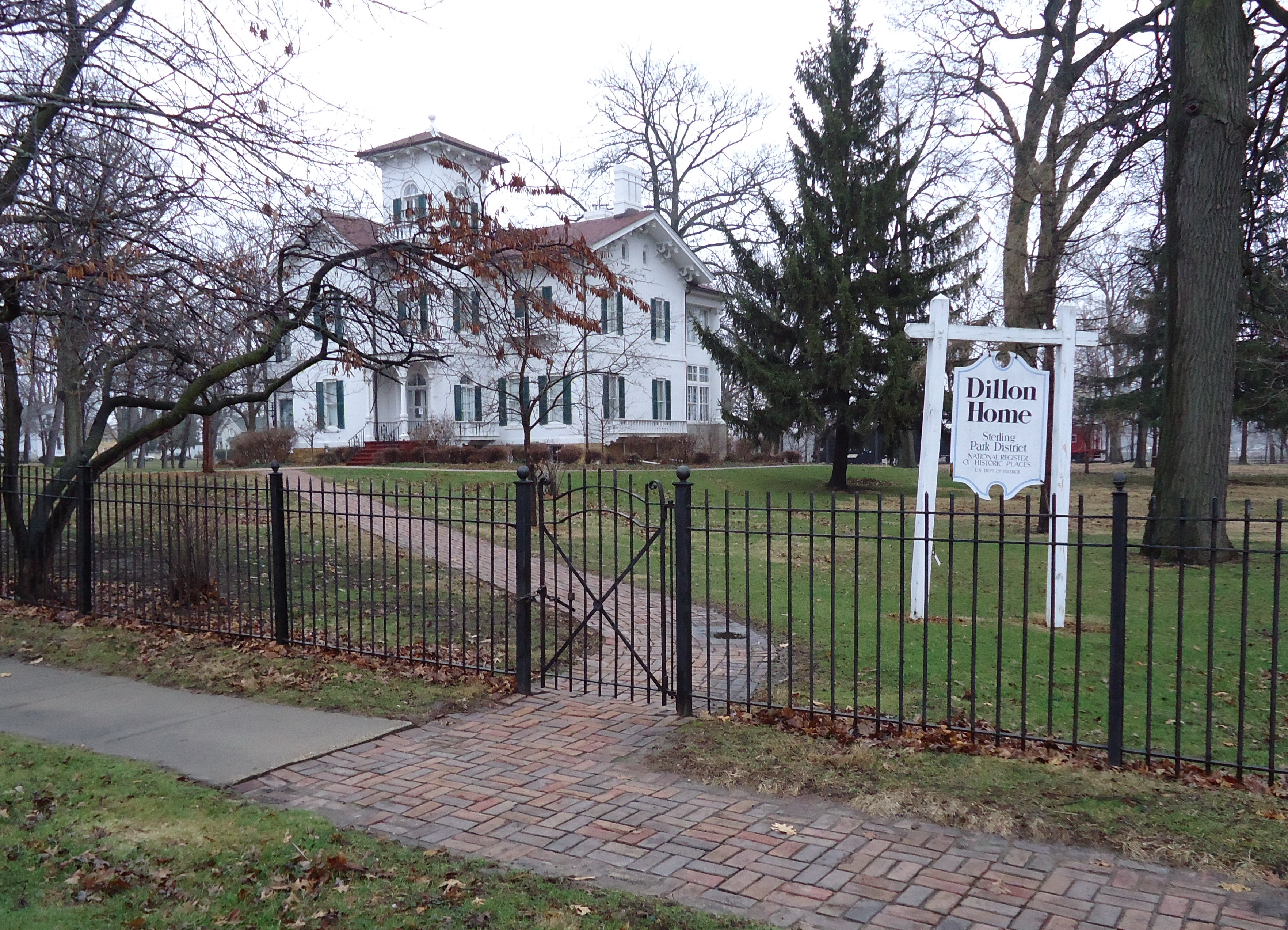 <h1>Dillon Home Museum</h1>